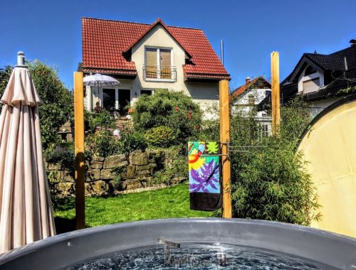 Vildmarksbad I Glasfiber Med Træmaleri (3)