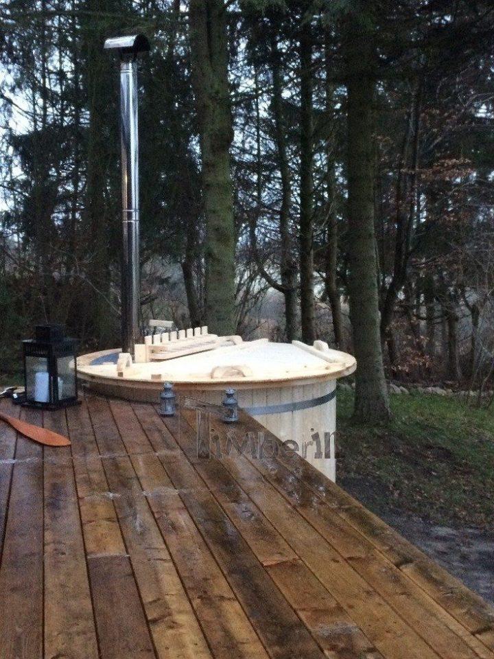 Vildmarksbad I Plast, Julie, Måløv, Danmark (1)